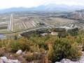 Několik kilometrů za městem Ploče se otevře pohled do údolí řeky Neretvy